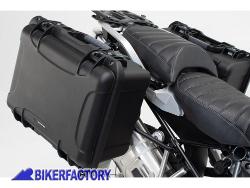 BikerFactory Kit completo borse laterali SW Motech Nanuk %28sx %2B dx%29 %2B telai laterali QUICK LOCK %28sx %2B dx%29 mod. %22SIDE CARRIER%22 %28piastre base%29 x TRIUMPH TIGER 955i KFT.11.255.99000 B 1040912